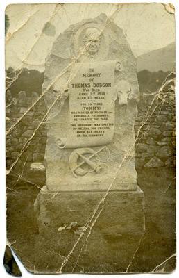 Postcard, Monument for Thomas Dobson