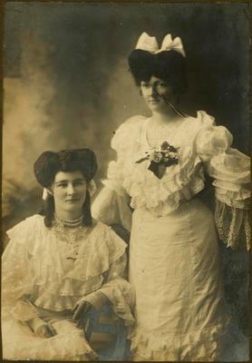 Print, Photographic, Unidentified Women, Davies Family