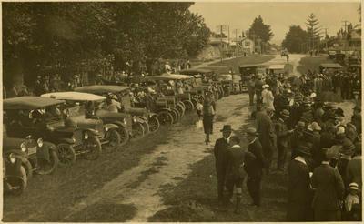 Print, Photographic, WW1 Memorial Gates opening, Tauranga Domain