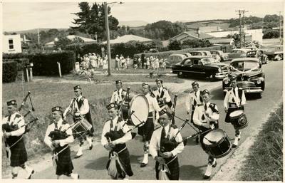 Print, Photographic, Highland Pipe Band, Tauranga