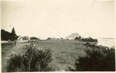 Print, Photographic, Cliff Road from the Monmouth Redoubt, Tauranga