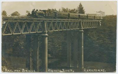 Postcard, Railway Bridge, Waikato River