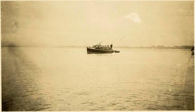 Print, Photographic, 'Farina', Tauranga Harbour