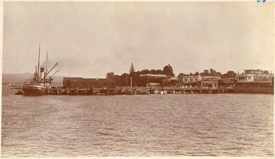 Print, Photographic, Steamer at Town Wharf, Tauranga