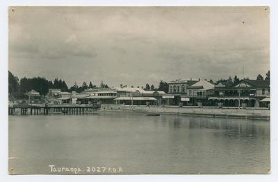 Postcard, Tauranga, The Strand