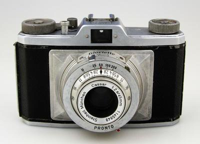 Camera, Braun Gloriette
