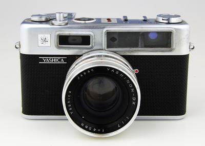 Camera, Yashica Electro 35