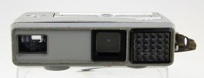 Camera, Minolta 16 EE