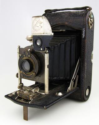 Camera, No.3 Autographic Kodak Model G