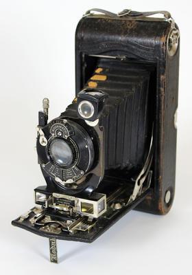 Camera, No 3A Autographic Kodak Special