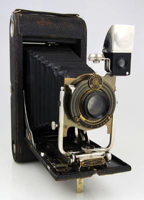 Camera, No.3A Folding Pocket Kodak