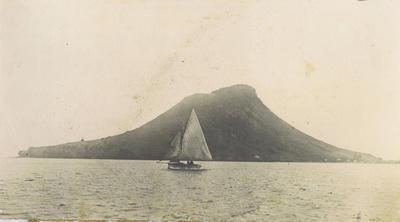 Print, Photographic, Mauao with yacht