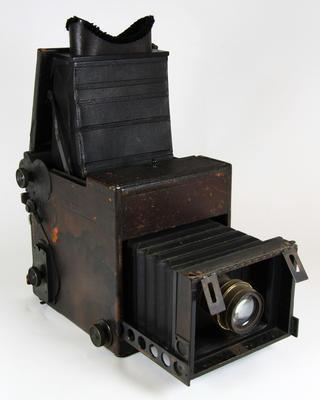Camera, Press Graflex