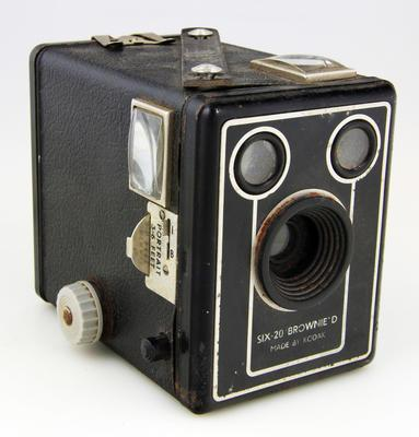 Camera, Six-20 Brownie Model D