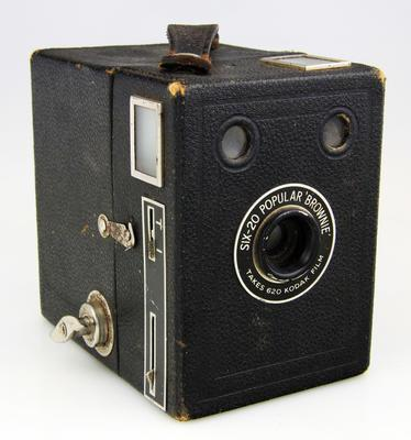 Camera, Six-20 Popular Brownie