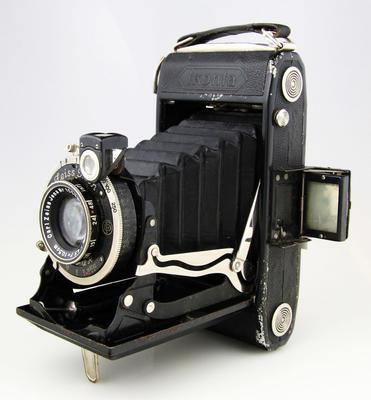 Camera, Zeiss Ikon Ikonta 520/2