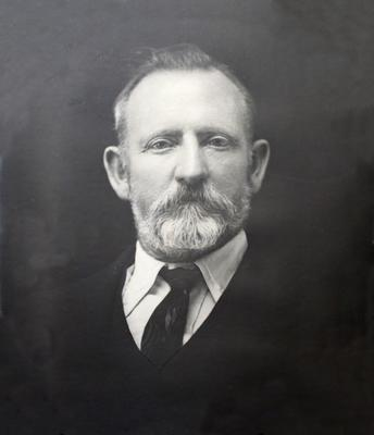 Framed Print, Photograph, Mr F. H. Hammond