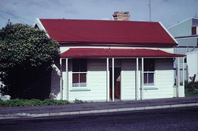 Slide, First Avenue, Tauranga