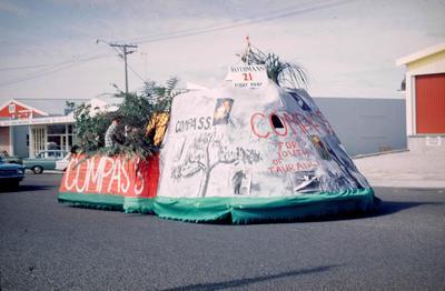 Slide, Float, Orange Festival, Tauranga