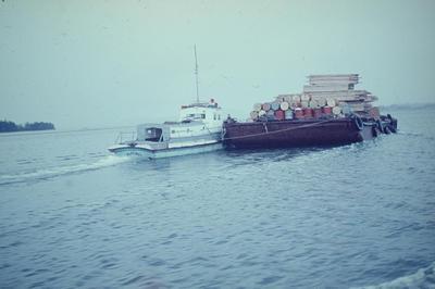 Slide, Towing Barge, Tauranga Harbour