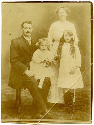 Print, Photographic, Family Portrait