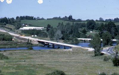 Slide, Bridge, Wairoa River
