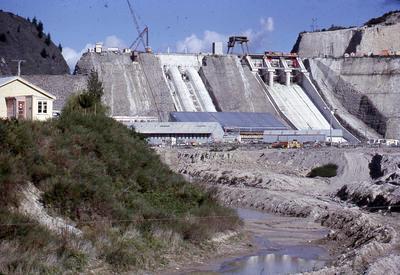 Slide, Matahina Dam
