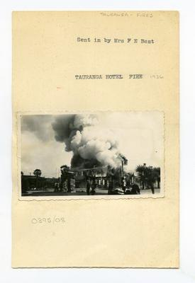 Print, Photographic, Tauranga Hotel Fire