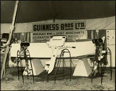 Print, Photographic, Display, Guinness Bros., Tauranga