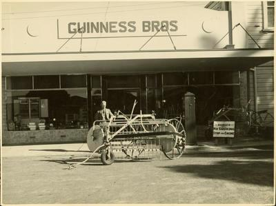 Print, Photographic, Guinness Bros., The Strand, Tauranga